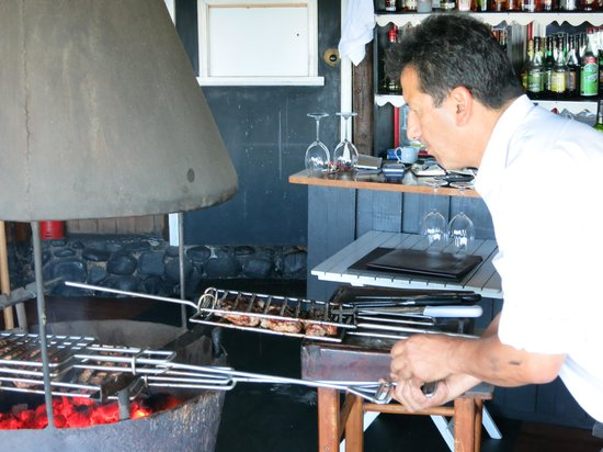Cotele: Notre cuisinier à l'oeuvre