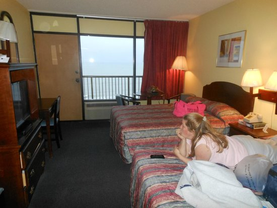Holiday Sands North: room
