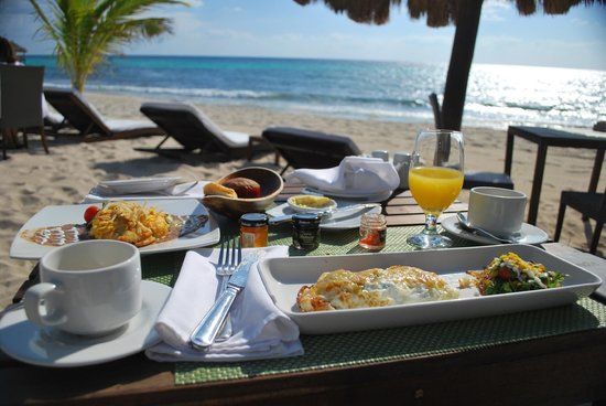 Le Reve Hotel & Spa : breakfast!