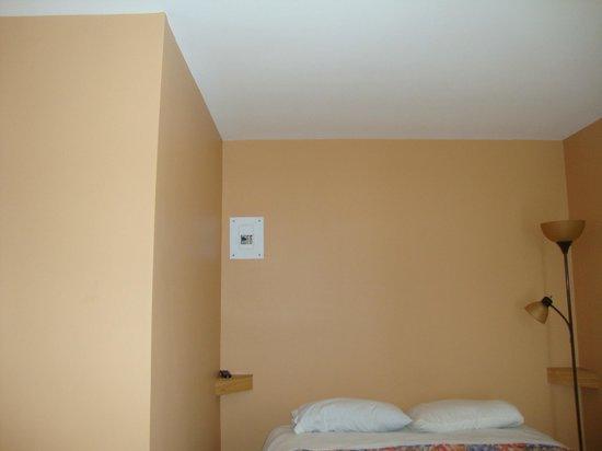 Relax Inn: 1