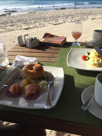 Le Reve Hotel & Spa: breakfast