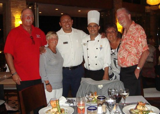 Sandos Finisterra Los Cabos: A Special Dinner from Special People  Thanks All!!