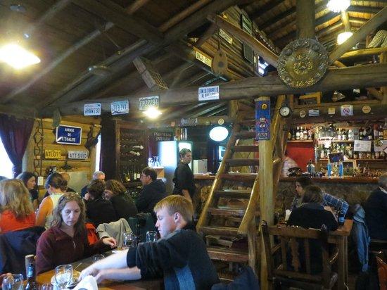 La Tapera: Interior do restaurante