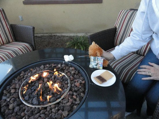 MarBrisa Carlsbad Resort: Toasting marshmallows for s'mores for the staff