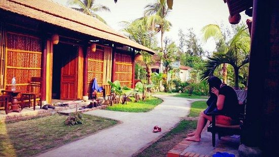 Under The Coconut Tree Home Stay