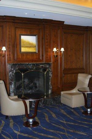 InterContinental Kansas City at the Plaza: Lounge