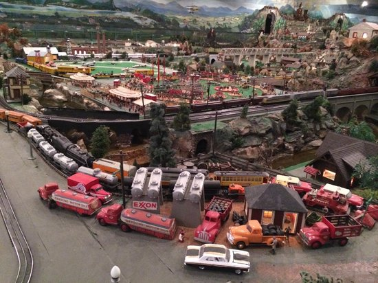 Roadside America: CITY TO COUNTRYSIDE VIEW