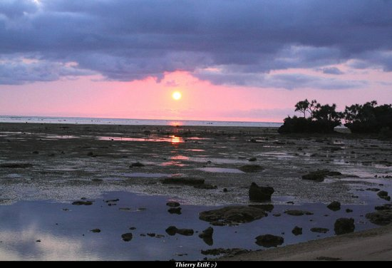 Gite Saint-Gabriel : Levé de soleil en face de la plage 2