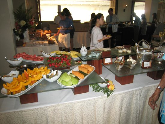 Orchids: Buffet tables