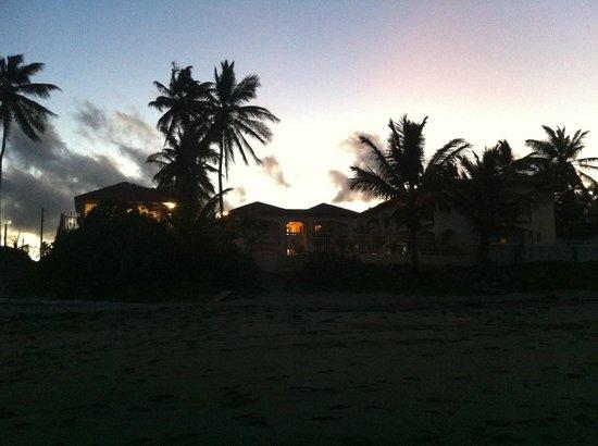 Barefoot Beach Pad : Barefoot at dusk