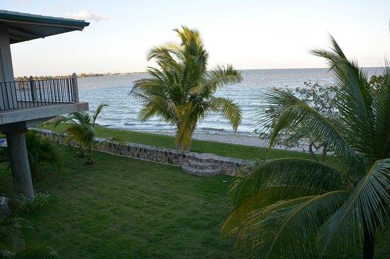 Almond Tree Hotel Resort: OceanSide