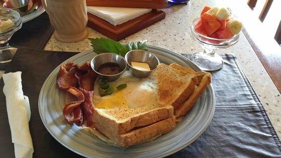 Almond Tree Hotel Resort : Breakfast with Fruit Cup