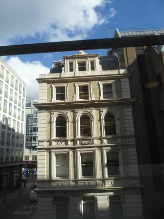 Premier Inn London Blackfriars (Fleet Street) Hotel: View from window