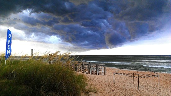 Beachside Bistro: The view before a storm
