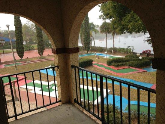 Maingate Lakeside Resort: mini golf