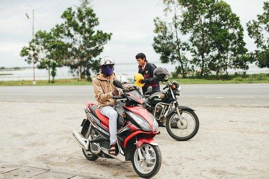 Hue Riders : Motorbike drivers