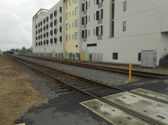 SpringHill Suites San Diego Oceanside/Downtown: This is how close the tracks are to the hotel.