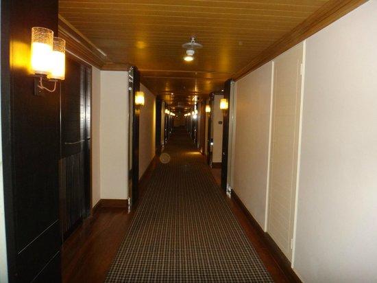 Grand Hyatt Erawan Bangkok : corridor