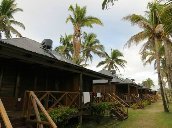 Club Fiji Resort : the outside of the rooms