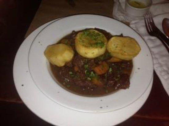Hector´s Bistro: Beef bourguignon at Hector's