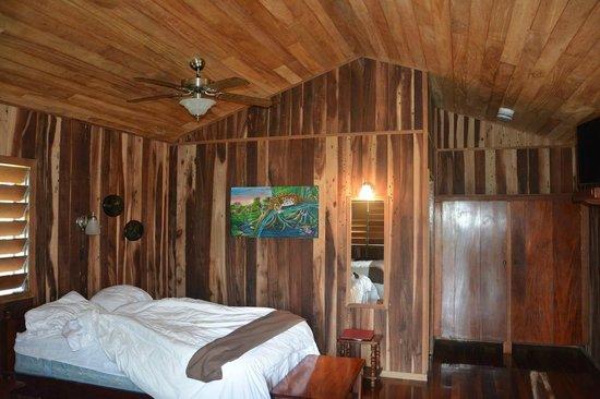 Windy Hill Resort: Cabana 24 inside.