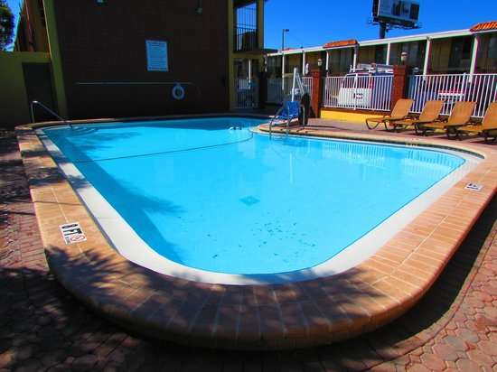 Quality Inn Airport : pool