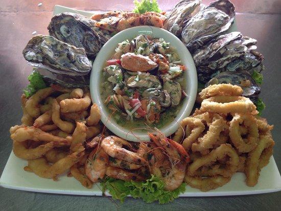 Restaurante Paixao de Verao: Sequência de frutos do mar feira especialmente para nós.