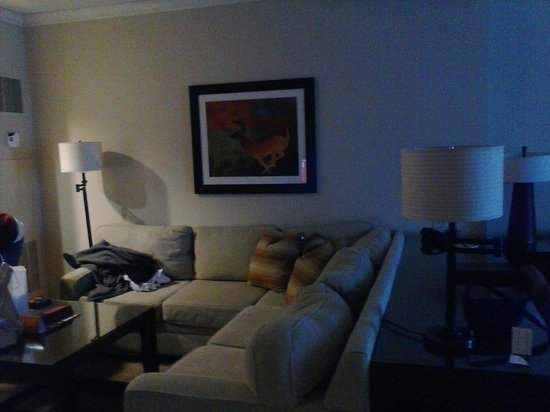 Four Winds Casino Resort : Couch relax area