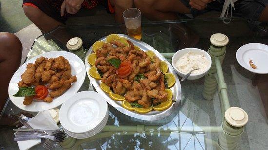 Friendly Vallarta All Inclusive Family Resort: Chicken fingers and shrimp. yummy
