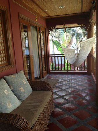BEST WESTERN Boracay Tropics Resort: outside of our room