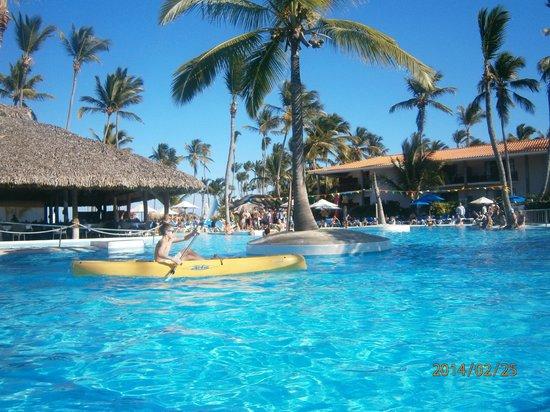 Natura Park Beach Eco Resort Spa Actividades En La Pileta Del Blau