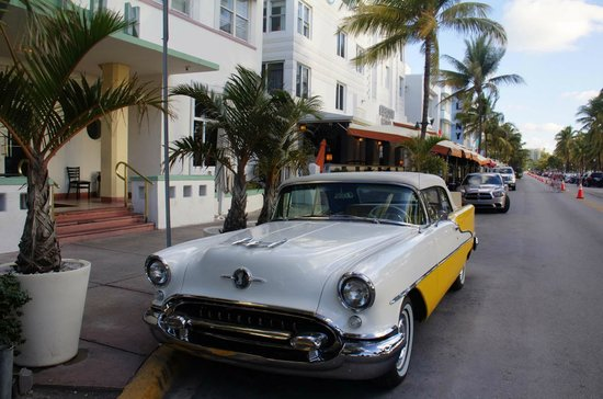 Holiday Inn Miami Beach: Ocean Drive