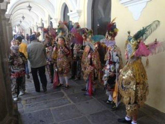 Palacio de los Capitanes Generales: A cultural ceremony at el Palacio