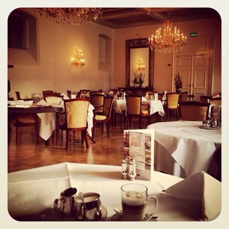 Grand Hotel Karel V Utrecht: breakfast