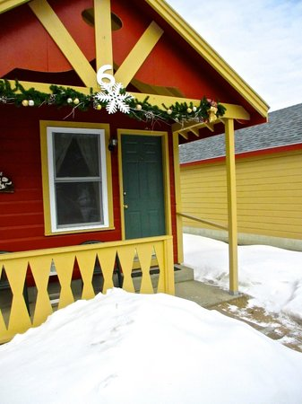 Casablanca Motel: Manchester cottage in the winter
