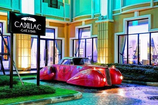 Cadillac Café