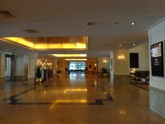 Hilton Colombo : part of lobby