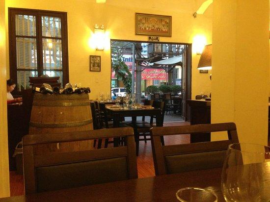 bkk Thai Restaurant : The inside