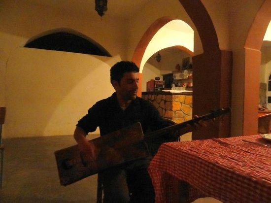 Hotel Restaurant Tifrit : Rachid au Gembri
