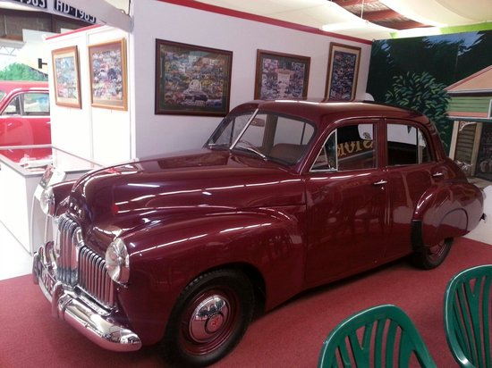 National Holden Motor Museum : Echuca : A oldie but a Google love it