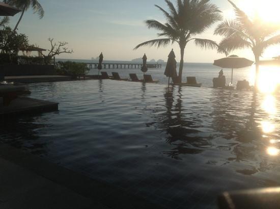 InterContinental Samui Baan Taling Ngam Resort: beach pool