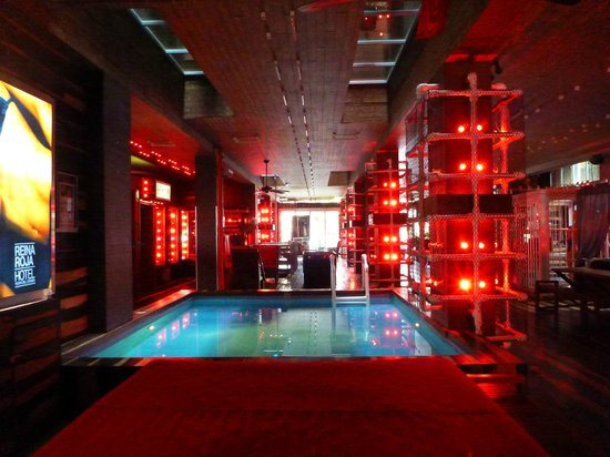 Hotel Reina Roja: Lobby