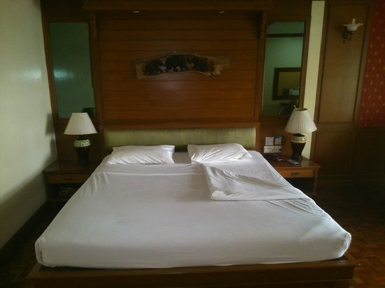 Royal Ivory Sukhumvit Nana By Compass Hospitality : Clean & Comfortable bed