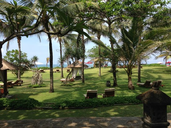 The Royal Beach Seminyak Bali - MGallery Collection : The Beach view when we got out of our villa
