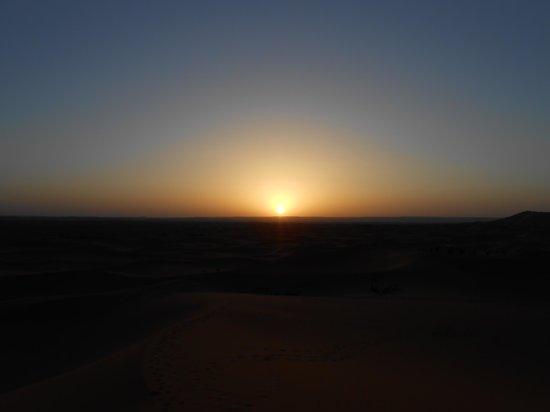Moroccan Sahara : 朝日