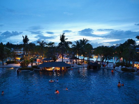 Plantation Bay Resort And Spa: View from the Penthouse.  The swim-up bar was at the freshwater lagoon right below us