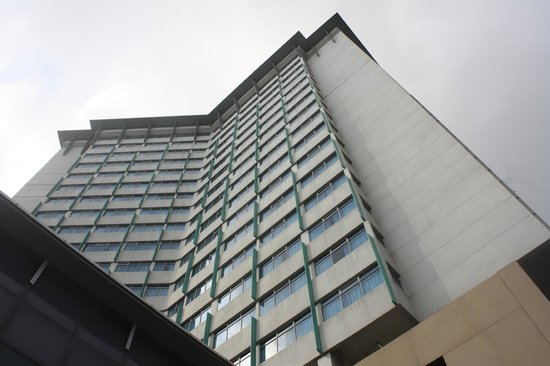 PARKROYAL on Kitchener Road : HOTEL FRONT VIEW