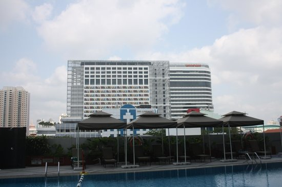 PARKROYAL on Kitchener Road: NEAR BY HOTEL