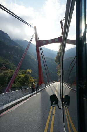 Silks Place Taroko: Trip from hotel bus.