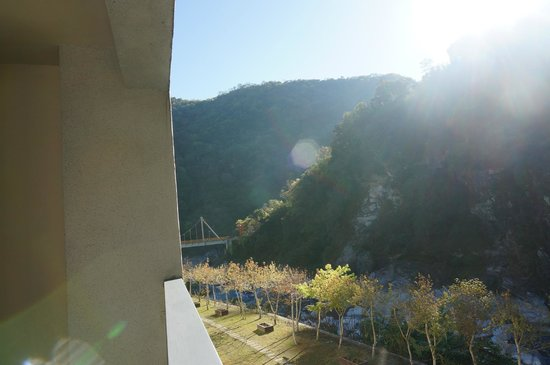 Silks Place Taroko: Our view from room in the morning.